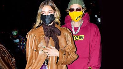 Η Hailey Baldwin με total leather look από τον Saint Laurent