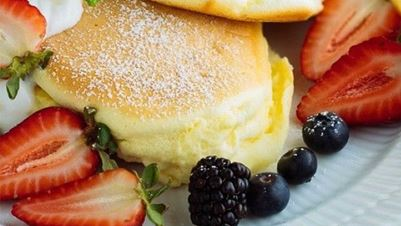 Japanese cheesecake pancakes